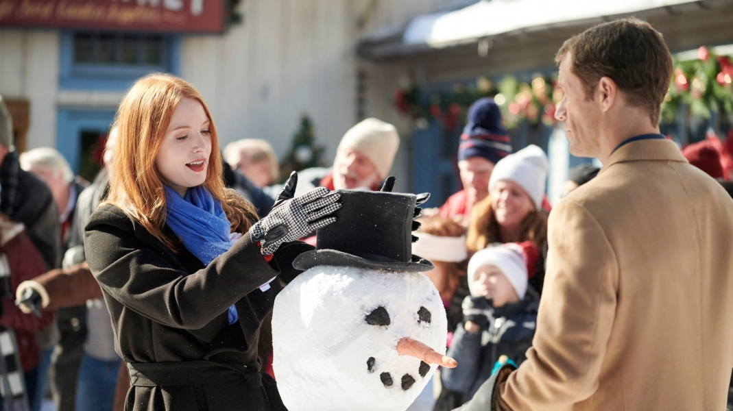 Watch Christmas on Honeysuckle Lane 2018 full movie on 123movies